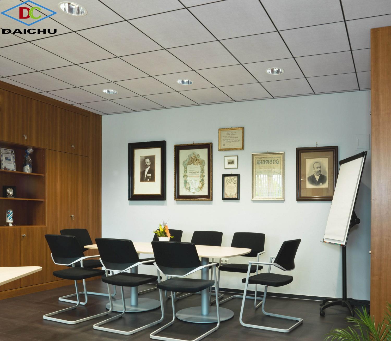 Phòng hội thảo sử dụng tấm trần sợi khoáng AMF tiêu âm của Đức